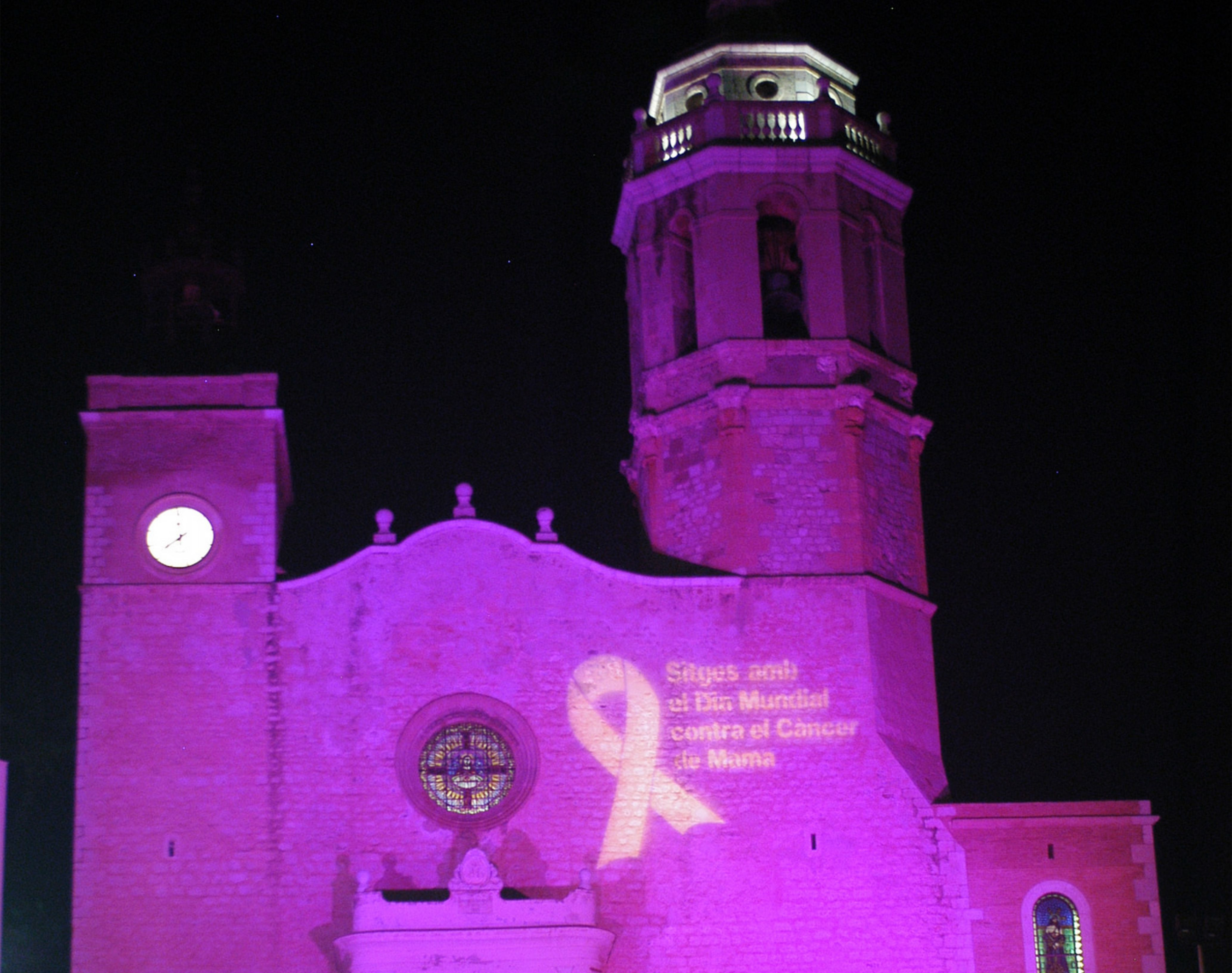 LOVE SITGES_dia-contra-cancer-mama-sitges